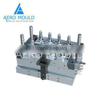 Novel and durable plastic PET preform injection mold