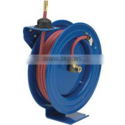 Pneumatic extesion retractable air hose reel