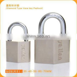 China Suppliers!!!! High Quality Diamond Type Rhombic Shape iron Padlock With Vane Key