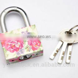 Customized Cute Flower Iron Padlock.