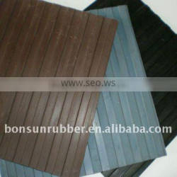 big (3mm to 6mm thickness) non slip garage usage ribbed rubber mat