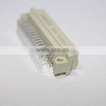 DIN 41612 3 row 32 pin right angle male type