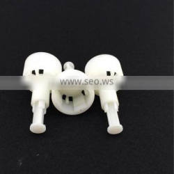 Plastic injection mold parts maker