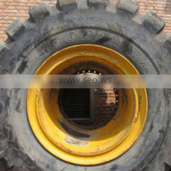 45/65-45 tyre and rim